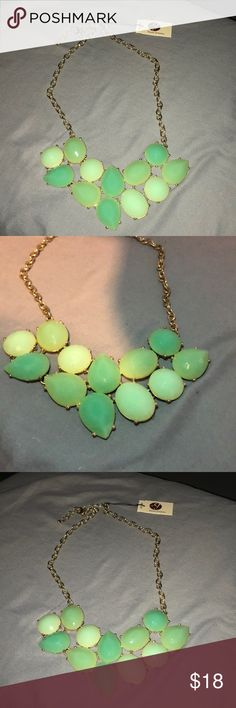 🆕 Seafoam & Mint Duo Tone Statement Necklace NWT Stony   Seafoam & Mint Duo Tone Statement Necklace Gold chain with adjustable clasp closure  Perfect to pair with a nice coral top or dress  Great spring and summer color  Cleaning out my accessories  Open to offers Please also consider a bundle   Thank you  💚 stony Jewelry Necklaces