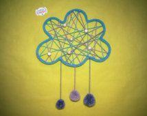 Nuage dream catcher en tricotin avec pompons. Cadeau de Naissance. Décoration…