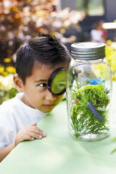 This party is unlike any other with squirmy worms, bugs and chocolate dirt. Your future entomologist won't know where to look first.