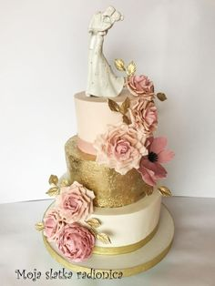Wedding cake by Branka Vukcevic