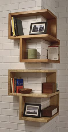 20 DIY Projects To Make Your Home Look Classy Corner Storage Shelves, Diy Corner Shelf, Corner Table, Book Shelves, Desktop Shelf, Diy Desktop, Heim, Modern Furniture Design, Outside Storage