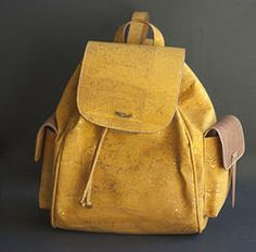 Backpack (ec-1113yl) in Cork and Leather, perfect for all ocasions