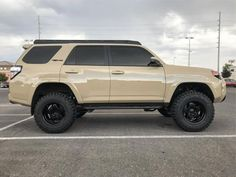 18 Must See Lifted & Modified Gen Toyota - Deluxe Timber Toyota Trucks, Lifted Ford Trucks, Toyota Cars, Toyota 4x4, Lifted 4runner, Toyota 4runner Trd, Overland 4runner, Toyota Runner, Tacoma Truck