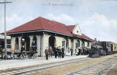 WATERLOO , Ontario - Grand Trunk Railway station - old postcard - canadarail ca 1915 Waterloo Ontario, Kitchener Ontario, Gone Days, Train Stations, Canada, Old Postcards, Architecture, Street View, Mansions