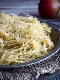 Cabbage, Food And Drink, Vegetables, Cabbages, Vegetable Recipes, Brussels Sprouts, Veggies, Sprouts