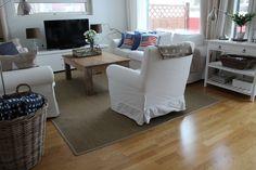 Living room, new england style, stars, Lexington, rattan.