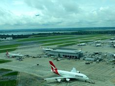 A380s and air traffic at #Heathrow #Airport #aviation #avgeek