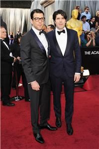 Zachary Quinto looking sharp as he arrives on the Red Carpet #oscars    Keep following the ET Canada/Global News Awards Night live blog: http://liveblogs.globalnews.ca/Event/Awards_Night