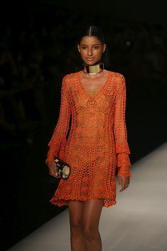 Crochet - Dress Orange II  http://crochetemoda.blogspot.ca/2012_08_01_archive.html