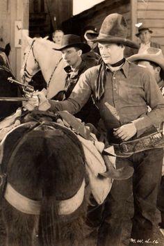 """John Wayne en """"El Tejano Afortunado"""" (The Lucky Texan), 1934"""