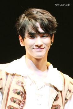 SHINee - Key's super cute, and that hair do, and that grin, and those eyes, and and....