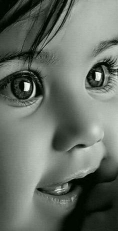 Look at those beautiful eyes Precious Children, Beautiful Children, Beautiful Babies, Cute Little Baby, Cute Baby Girl, Cute Babies, Baby Boy, Cute Kids Photography, Photography Trips