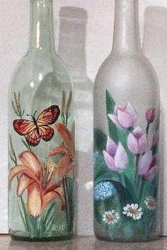 Resultado de imagem para how to fabric decoupage wine bottle Wine Bottle Glasses, Wine Bottle Art, Glass Bottle Crafts, Painted Wine Bottles, Diy Bottle, Painted Wine Glasses, Bottles And Jars, Glass Bottles, Deco Originale