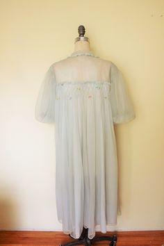 Vintage 1960s Blue Peignoir Robe Gotham Goldstripe Robe / Short Peignoir / Babydoll Nylon Robe / Baby Doll Peignoir / 60s Lingerie