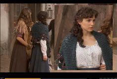 """""""El Secreto de Puente Viejo"""" un tributo a crocheteras y tricotosas. Crochet in TV series. Two pretty shawls."""