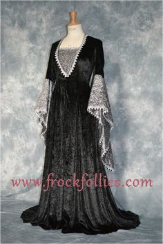 Renaissance Wedding Dresses, Renaissance Clothing, Medieval Fashion, Elvish Wedding, Medieval Wedding, Gothic Corset, Gothic Dress, Narnia, Elvish Dress