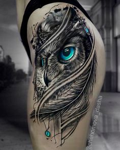 Today we're going to step again into the world of animal tattoos bringing you 50 of the most beautiful owl tattoo designs, explaining their meaning. Owl Tattoo Design, Tattoo Sleeve Designs, Flower Tattoo Designs, Tattoo Designs Men, Sleeve Tattoos, Body Art Tattoos, Cool Tattoos, Tattoos For Guys, Tattoos For Women