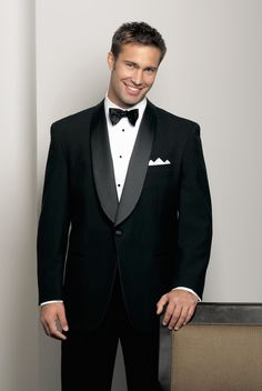 Daniel's can take care of the men for your wedding. Wether you are looking for classic tuxedos or suits Daniel's has the look for your wedding. Comfortably view countless classic and modern styles of tuxedos or suits for your wedding party. Daniels makes it easy to find the right look and fit for your wedding …