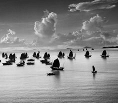 Werner Bischof :: Harbour of Kowloon, Hong-Kong, 1952   more [+] by this photographer