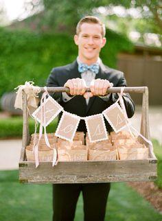 Inspiration: wedding confetti -use grape picking box Chic Wedding, Wedding Details, Rustic Wedding, Dream Wedding, Forest Wedding, Wedding Favors, Wedding Events, Wedding Decorations, Weddings