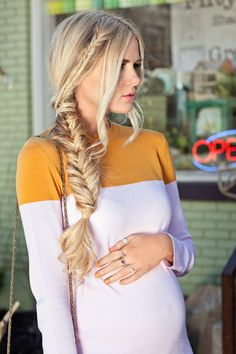 Fishtail Wrap Around Tutorial - Barefoot Blonde by Amber Fillerup Clark Fishtail Hairstyles, Pretty Hairstyles, Fashion Hairstyles, Hairstyles Haircuts, Summer Braids, Mode Style, Maternity Fashion, Maternity Style, Hair Dos