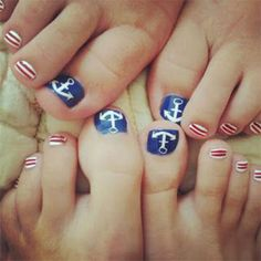 Elegant-Fourth-Of-July-Toe-Nail-Art-Designs-Ideas-Trends-2014-6.jpg 400×499 pixels