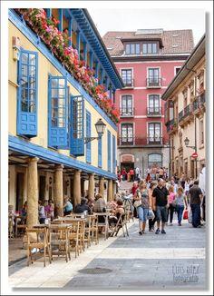 Casas tipicas en el Fontan. Oviedo. Asturias. Spain.