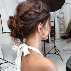 Idée Coiffure : 23 Most Stylish Homecoming Hairstyles Braided Bun Hairstyles, Pretty Hairstyles, Easy Hairstyles, Braided Updo, Messy Updo, Messy Buns, School Hairstyles, Bun Braid, Girl Hairstyles