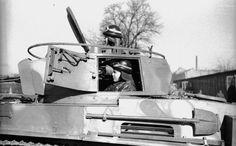 Orczy-kert, Ludovika garázsok, MÁVAG gyártmányú 38M Toldi I könnyű harckocsi. Defence Force, Ww2 Tanks, Hungary, Military Vehicles, World War, Wwii, Weapons, Germany, Army