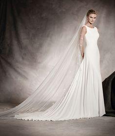 Amaya - Vestido de novia escote V en espalda,  crepe y corte evase