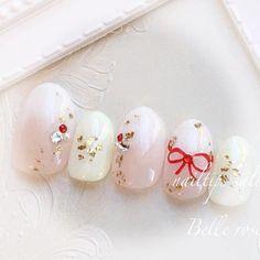 和装にも♡ #ブライダルネイル #ウェディングネイル #花嫁ネイル#プレ花嫁 #Belleroseネイル#ネイルチップ #ジェルネイル#グラデーション #白無垢ネイル#白無垢#金粉 #スワロフスキー#エアジェル Bridal Nails, Wedding Nails, Christmas Nail Art, Nail Nail, White Nails, Love Nails, Poppy, Future, Beauty