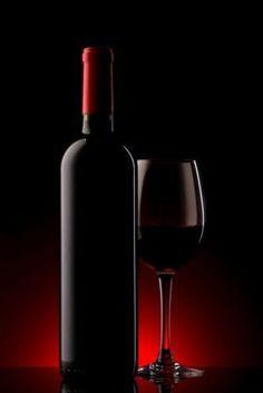 Wine bottle with glass_Borosüveg pohárral Glass Photography, Still Life Photography, Wine Glass, Glass Art, Wine Painting, Wine Art, Jolie Photo, Wine And Spirits, Fine Wine