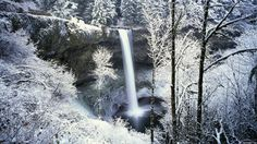 nice wonderful waterfall in winter wallpaper Check more at http://www.finewallpapers.eu/pin/16078/