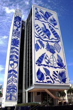 The Bacardi building in Miami, designed by architect Ignacio Carerra-Justiz, Interesting Buildings, Beautiful Buildings, South Beach Miami, Miami Florida, South Florida, Justiz, Magic City, Vintage Florida, Blue And White China