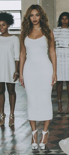 Beyonce at Solange Knowles Ferguson wedding bridal party Basic Estilo Beyonce, Beyonce Style, Beyonce And Jay Z, Beyonce Beyonce, Beautiful Black Women, Beautiful People, Bride Sister, Blue Ivy, Solange Knowles