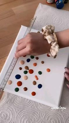 Diy Canvas Art, Homemade Canvas Art, Canvas Painting Designs, Small Canvas Art, Canvas Crafts, Diy Painting, Painting & Drawing, Easy Canvas Painting, Art Drawings Sketches