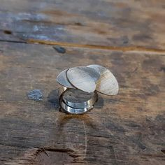 SPRING sormus - olisko tää uniikki sun uus kevätsormukses?  #uniikkikoru #hopeakoru #hopeasormus #kevät #spring #ring #silverring #uniquejewelry #finnishdesign #handmadejewelry #jewelrydesigner #aed #koruseppä #anuek #kerava Rings For Men, Spring, Jewelry, Instagram, Men Rings, Jewlery, Jewerly, Schmuck, Jewels