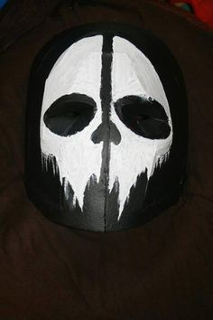 Army of two skull mask