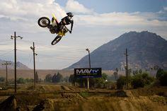 http://motocross.transworld.net/wp-content/blogs.dir/441/files/lucas-oil-sx-11812/KN1M7829.jpg