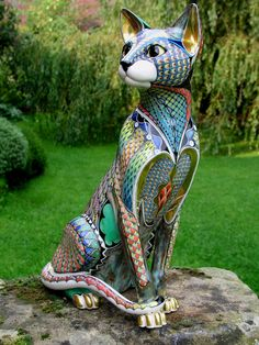 David Burnham Smith Ceramic Artist - a web site dedicated to the work of David Burnham Smith, demonstrating his achievements in the field of ceramic fine art. Including examples of his work taken from private collections. Animal Sculptures, Sculpture Art, I Love Cats, Crazy Cats, Cat Embroidery, Oriental Cat, Cat Statue, Ceramic Animals, Mosaic Animals