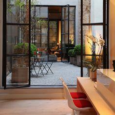 Antwerpen: Hotel Jul