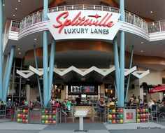 Review: Splitsville Luxury Lanes at Disney World's Downtown Disney | the disney food blog