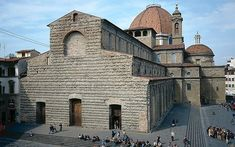 Nearly 500 years after Florence ditched Michelangelo's grand design for the exterior of San Lorenzo Basilica, the city's mayor wants to finally realise the artist's vision. Religious Architecture, Historical Architecture, Michelangelo, San Lorenzo Firenze, Saint Lorenzo, Filippo Brunelleschi, Italy Map, Sistine Chapel, Chapelle
