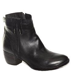 #Stivaletto #Khrio in pelle nera http://www.tentazioneshop.it/scarpe-khrio/stivaletto-24148-nero-khrio.html