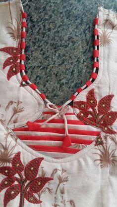 Chudithar Neck Designs, Chudidhar Designs, Salwar Neck Designs, Neck Designs For Suits, Kurta Neck Design, Blouse Back Neck Designs, Neckline Designs, Fancy Blouse Designs, Dress Design Patterns