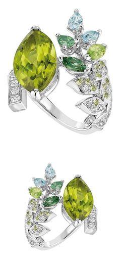 The Brins de Printemps ring, by Chanel.