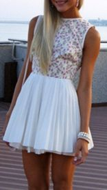Tan skin, blonde hair,perfect dress,  and summer<3