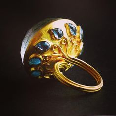 "240 Me gusta, 9 comentarios - @sidkas en Instagram: ""The details that one cannot see is what really matters. #aquamarine #poisonring #22k #gold #munnu…"""