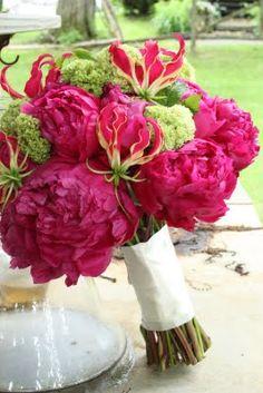 peonies... my favorite pink flower!