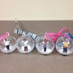 DIY Photo Globe Ornaments featured on Pretty My Party. These would make great gifts or Christmas ornaments.